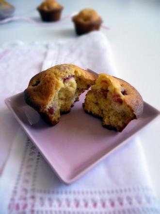 muffins_cioccolatobianco_ciliegie