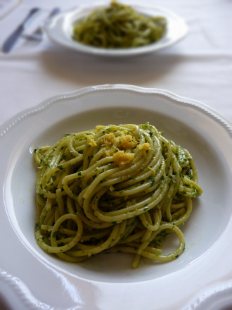 spaghetti_anchovy_lemon_pesto