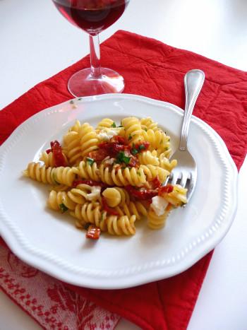 pasta-con-pomodori-secchi2
