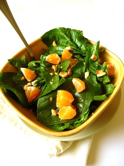 insalata-di-spinaci-clementine-e-nocciole