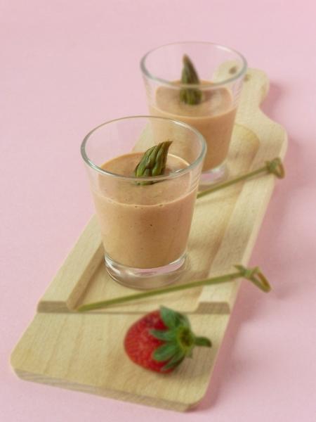 gazpacho-asparagi-e-fragole
